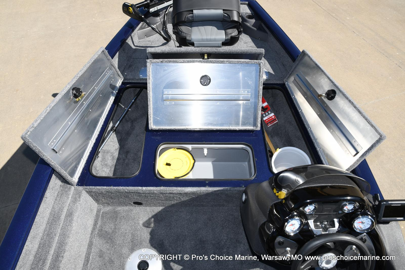 2021 Tracker Boats boat for sale, model of the boat is Pro Team 175 TF & Image # 7 of 50
