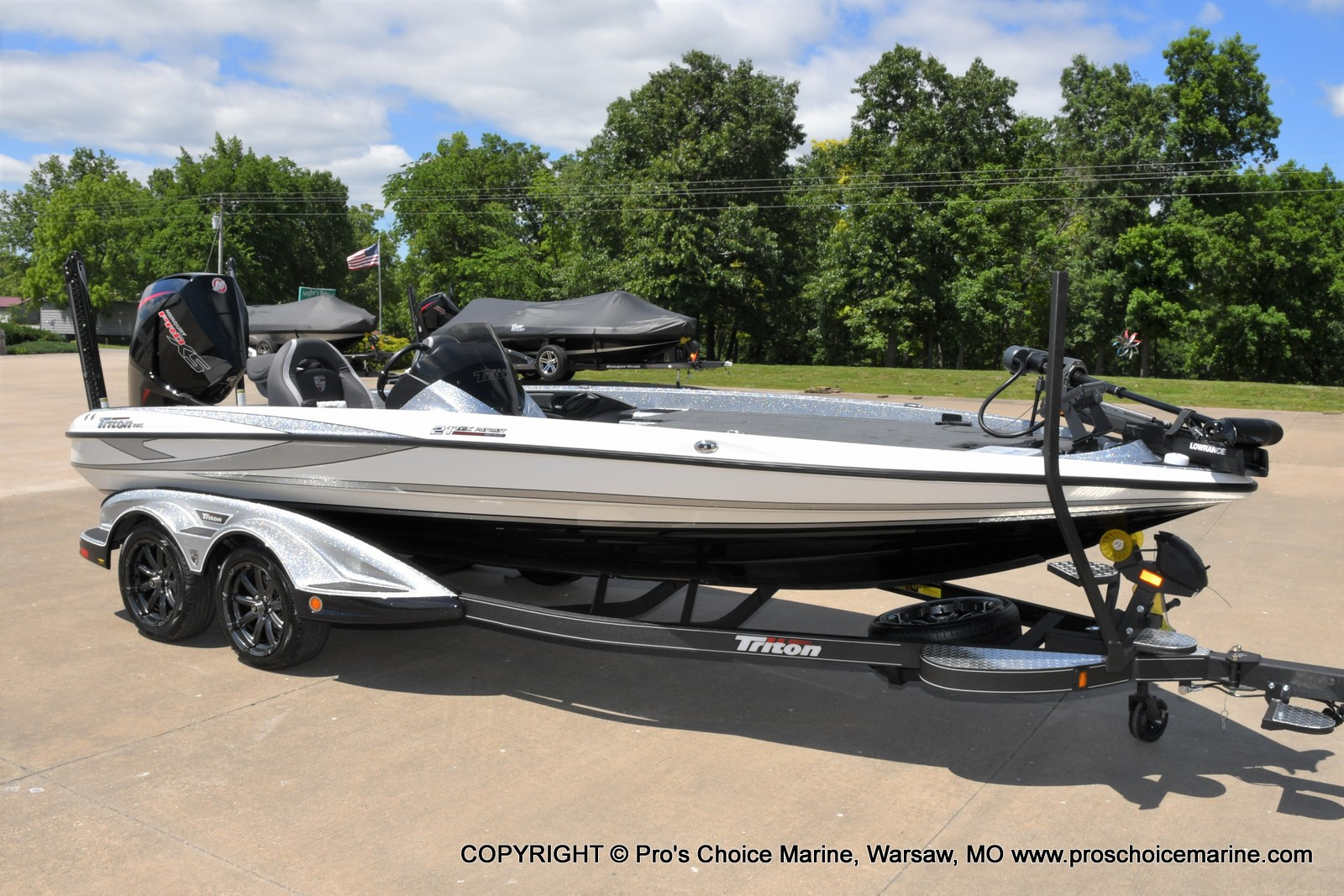 2021 Triton boat for sale, model of the boat is 21 TRX Patriot & Image # 27 of 50