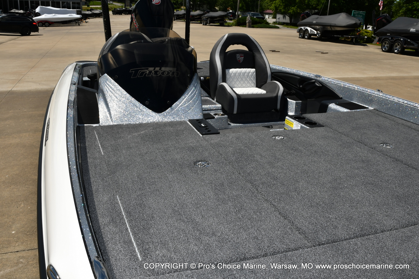 2021 Triton boat for sale, model of the boat is 21 TRX Patriot & Image # 32 of 50