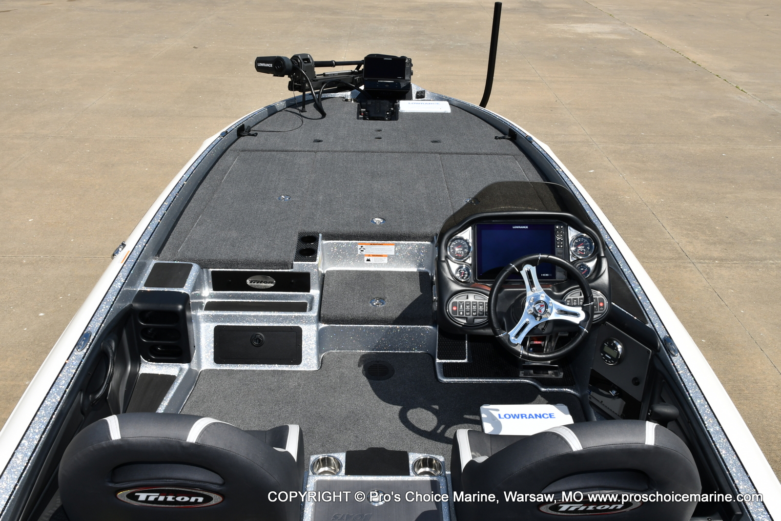 2021 Triton boat for sale, model of the boat is 21 TRX Patriot & Image # 4 of 50