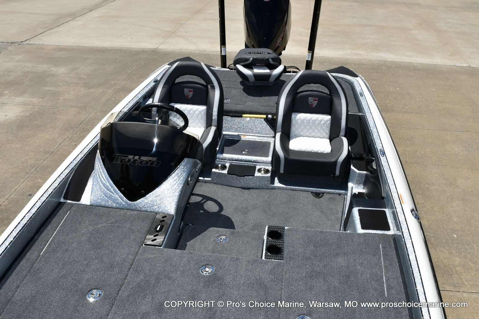 2021 Triton boat for sale, model of the boat is 21 TRX Patriot & Image # 21 of 50