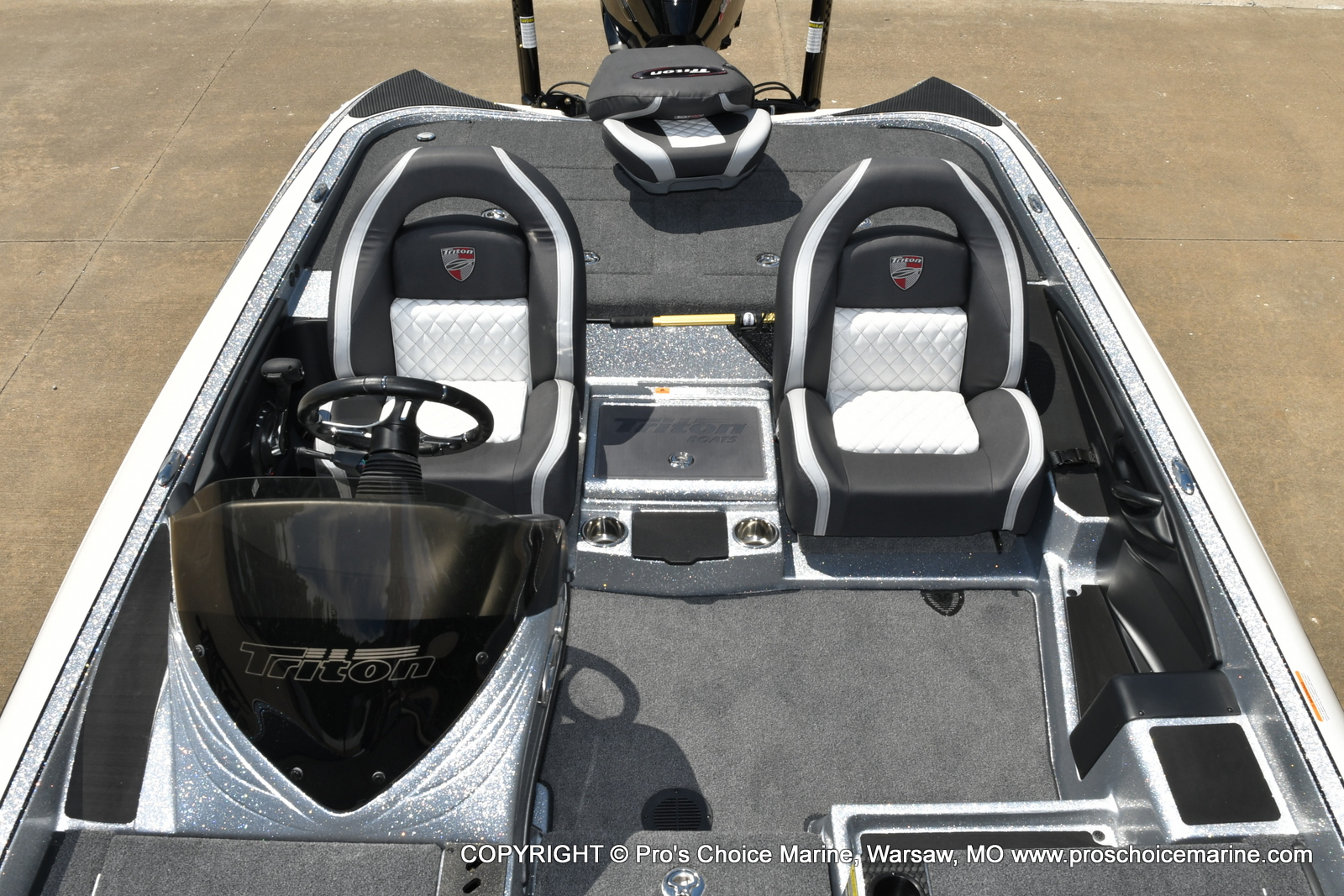 2021 Triton boat for sale, model of the boat is 21 TRX Patriot & Image # 22 of 50
