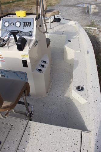 2021 Xpress boat for sale, model of the boat is H20B & Image # 6 of 12