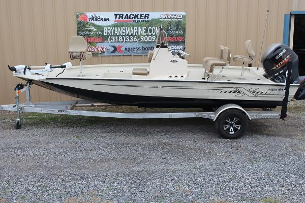 2021 Xpress boat for sale, model of the boat is H20B & Image # 1 of 10