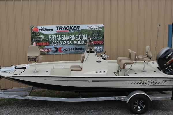 2021 Xpress boat for sale, model of the boat is H20B & Image # 10 of 10