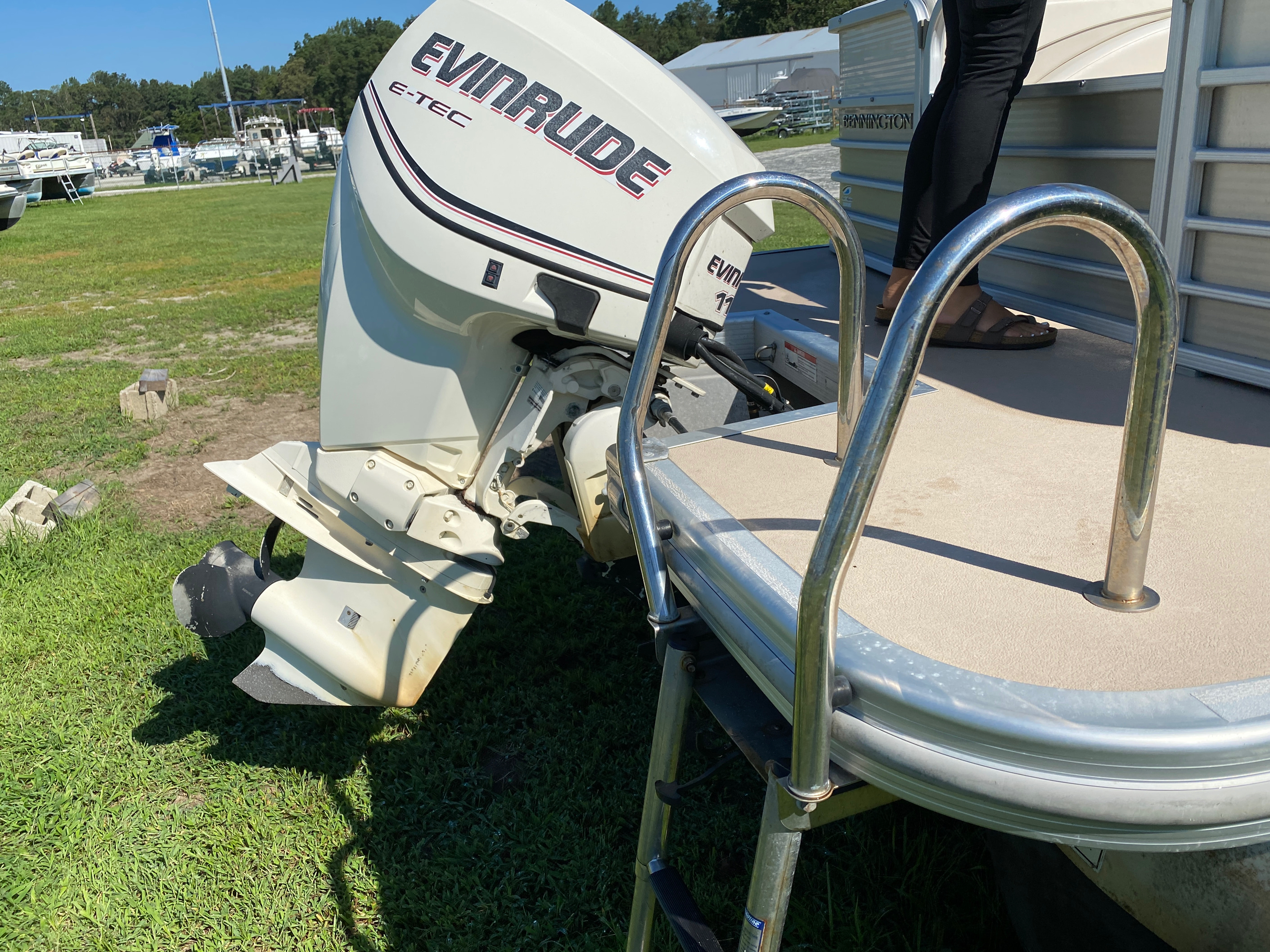 2012 Bennington boat for sale, model of the boat is 2275 GCW Pontoon & Image # 11 of 11