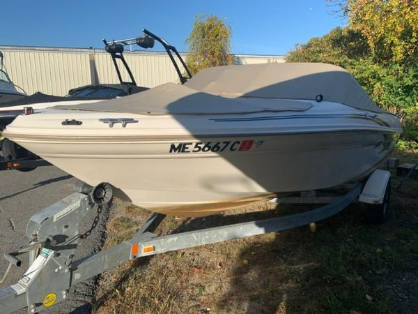 2000 Sea Ray boat for sale, model of the boat is 18' Bowrider & Image # 2 of 28