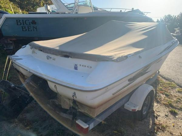2000 Sea Ray boat for sale, model of the boat is 18' Bowrider & Image # 1 of 28