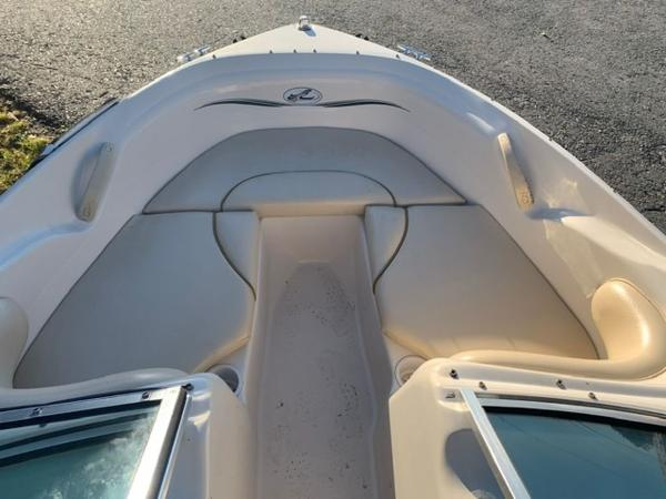 2000 Sea Ray boat for sale, model of the boat is 18' Bowrider & Image # 10 of 28