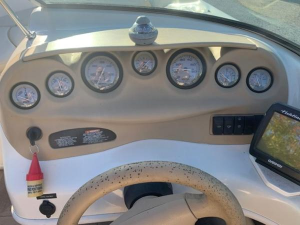 2000 Sea Ray boat for sale, model of the boat is 18' Bowrider & Image # 21 of 28