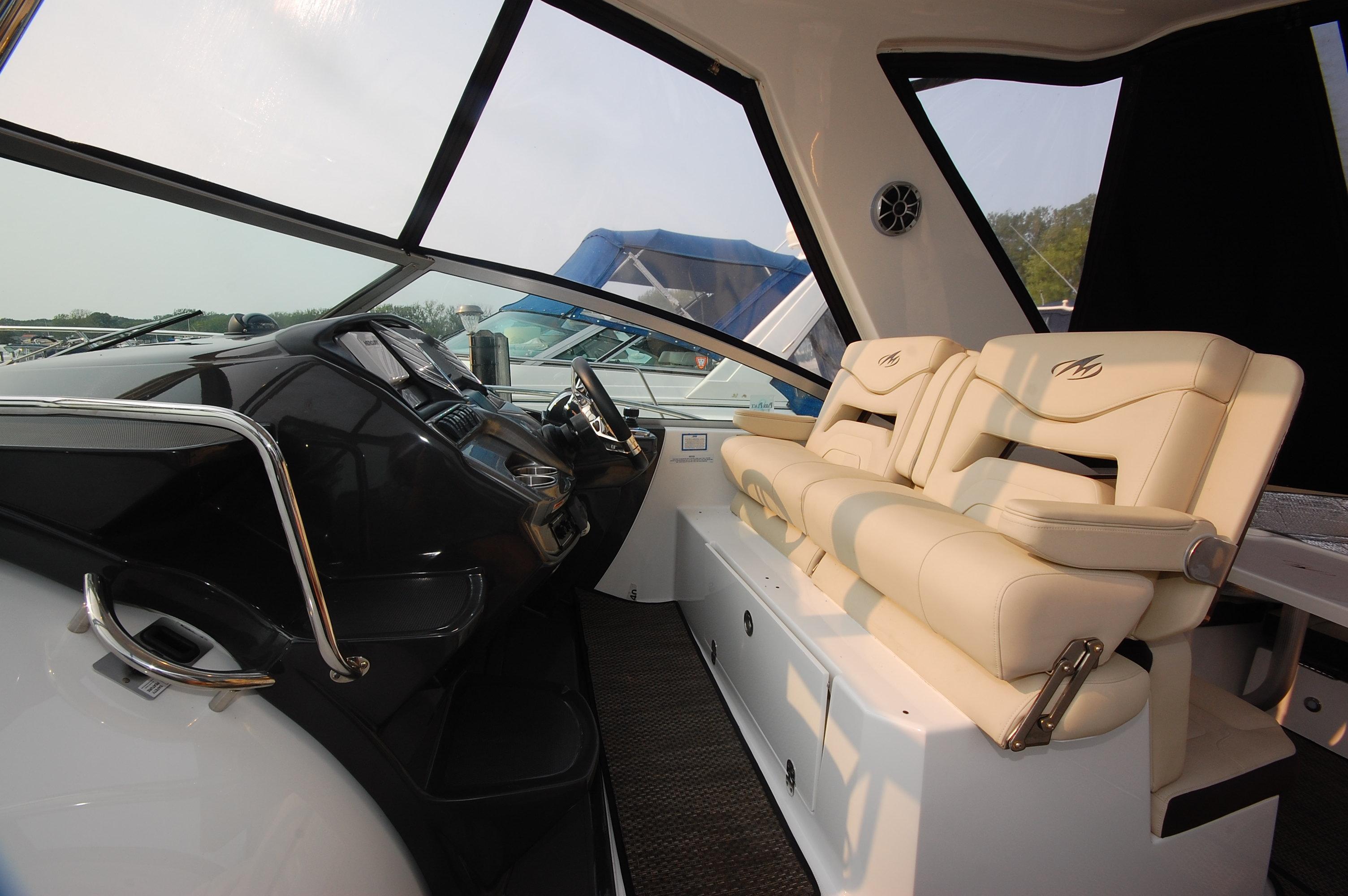 O 6300 HG Knot 10 Yacht Sales