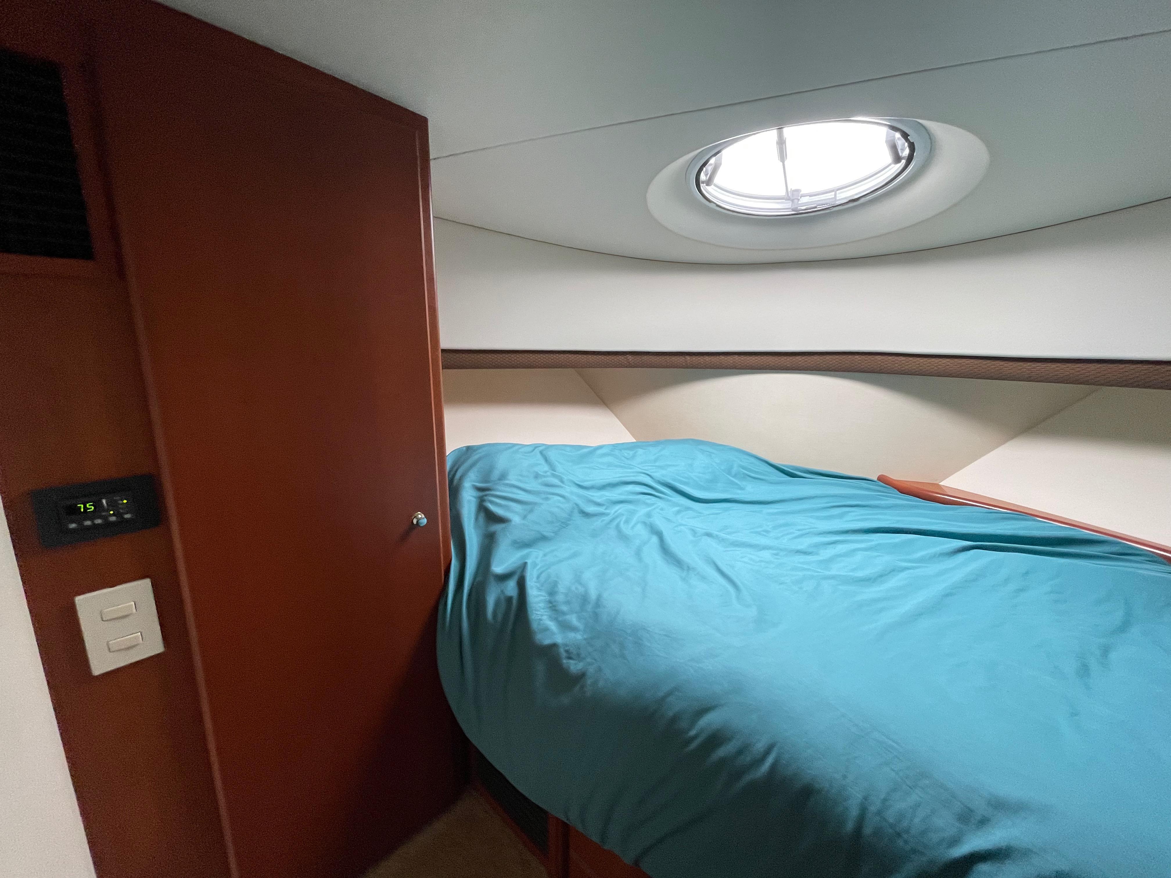 CT 6397 LK Knot 10 Yacht Sales