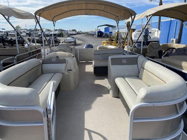 2017 Sweetwater boat for sale, model of the boat is SW 2286 C & Image # 2 of 9