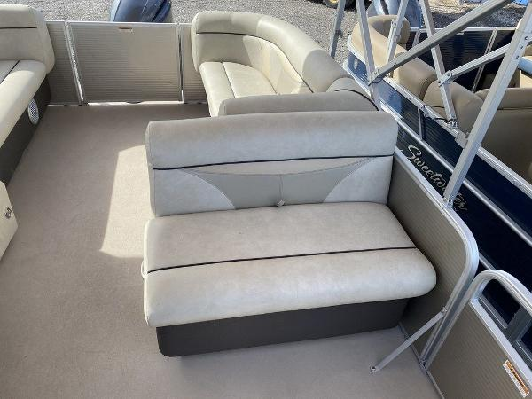 2017 Sweetwater boat for sale, model of the boat is SW 2286 C & Image # 5 of 9