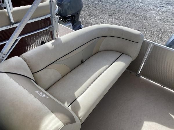 2017 Sweetwater boat for sale, model of the boat is SW 2286 C & Image # 8 of 9