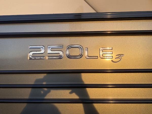 2021 Regency boat for sale, model of the boat is 250LE3 & Image # 6 of 15