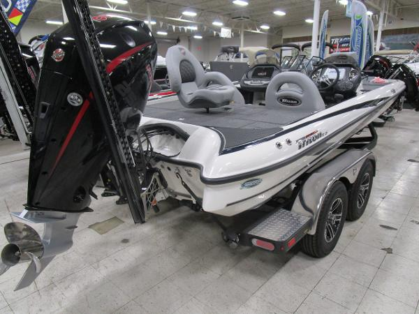 2020 Triton boat for sale, model of the boat is 21 TRX & Image # 6 of 30