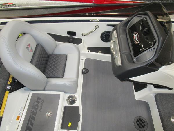 2020 Triton boat for sale, model of the boat is 21 TRX & Image # 18 of 30