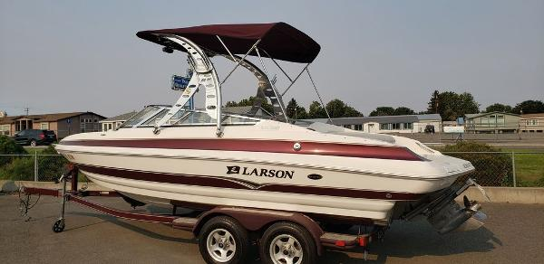 2006 LARSON LXI 228 for sale