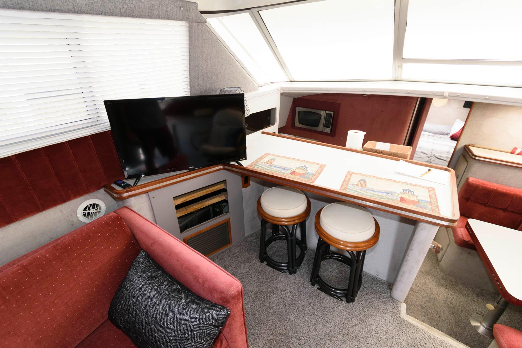 M 6291 TW Knot 10 Yacht Sales