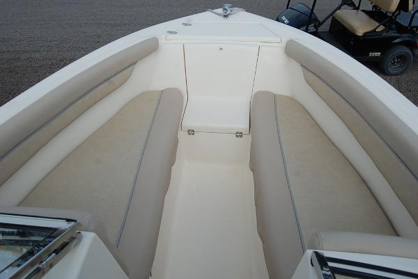 2018 Scout boat for sale, model of the boat is 210 Dorado & Image # 16 of 18