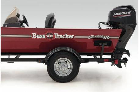 2020 Tracker Boats boat for sale, model of the boat is Basstracker Classic XLw/50ELPT & Image # 32 of 35