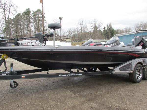 2020 Ranger Boats boat for sale, model of the boat is Z521C Ranger Cup Equipped & Image # 2 of 26