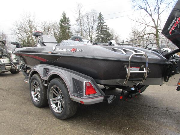 2020 Ranger Boats boat for sale, model of the boat is Z521C Ranger Cup Equipped & Image # 4 of 26