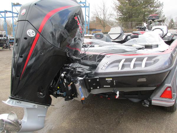 2020 Ranger Boats boat for sale, model of the boat is Z521C Ranger Cup Equipped & Image # 8 of 26