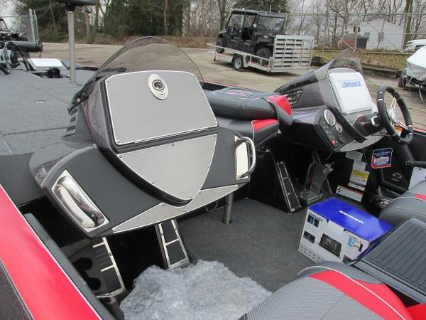 2020 Ranger Boats boat for sale, model of the boat is Z521C Ranger Cup Equipped & Image # 13 of 26