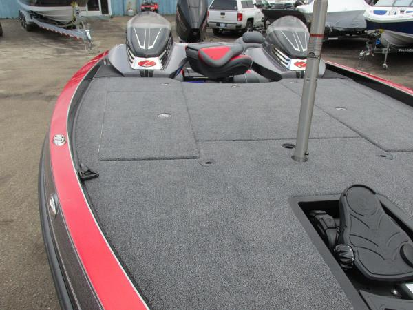 2020 Ranger Boats boat for sale, model of the boat is Z521C Ranger Cup Equipped & Image # 17 of 26