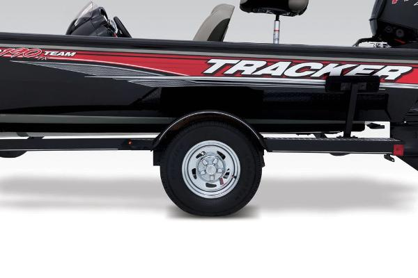 2018 Tracker Boats boat for sale, model of the boat is Pro Team 190 TX & Image # 12 of 34