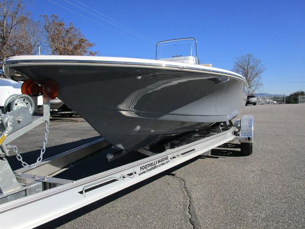 2021 Tidewater boat for sale, model of the boat is 1910 Bay Max & Image # 4 of 21