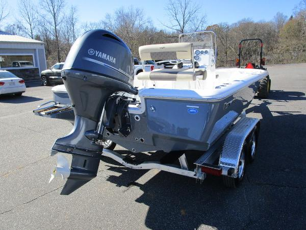 2021 Tidewater boat for sale, model of the boat is 1910 Bay Max & Image # 12 of 21