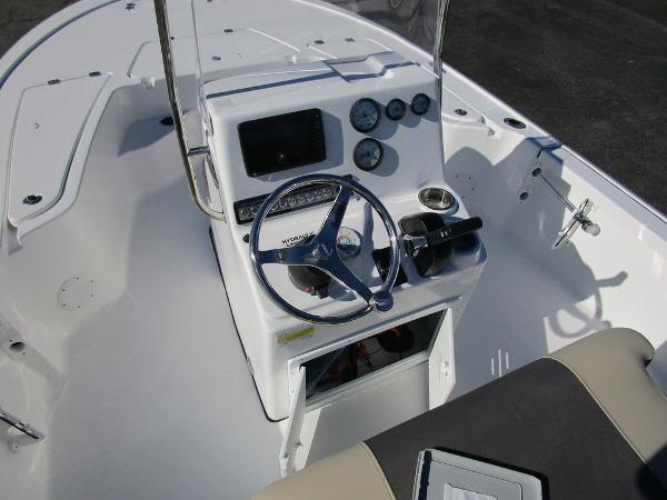 2021 Tidewater boat for sale, model of the boat is 1910 Bay Max & Image # 18 of 21
