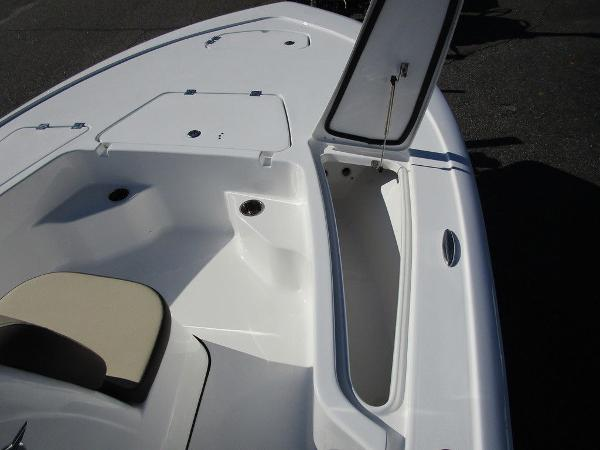 2021 Tidewater boat for sale, model of the boat is 1910 Bay Max & Image # 19 of 21