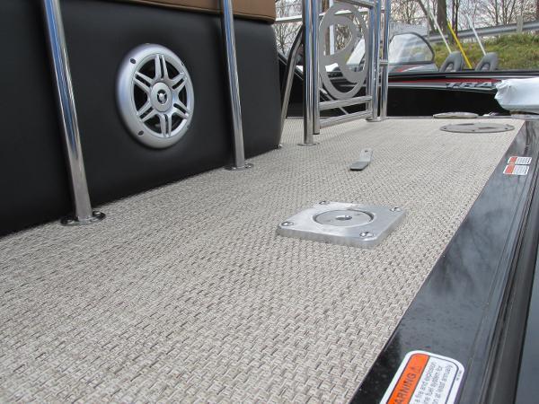 2021 Regency boat for sale, model of the boat is 230 LE3 Sport & Image # 10 of 43