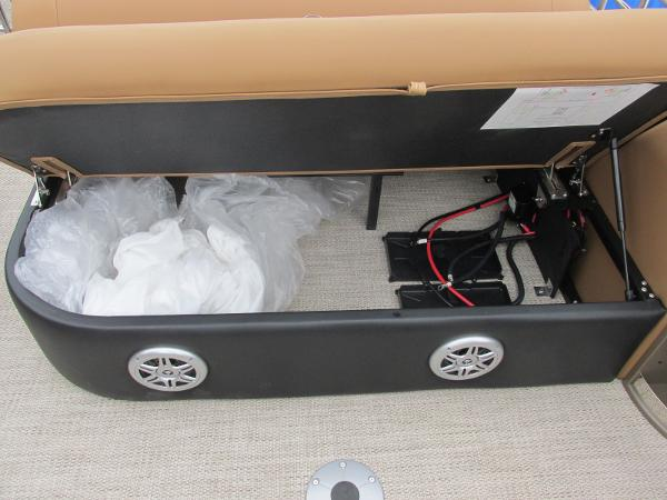 2021 Regency boat for sale, model of the boat is 230 LE3 Sport & Image # 33 of 43