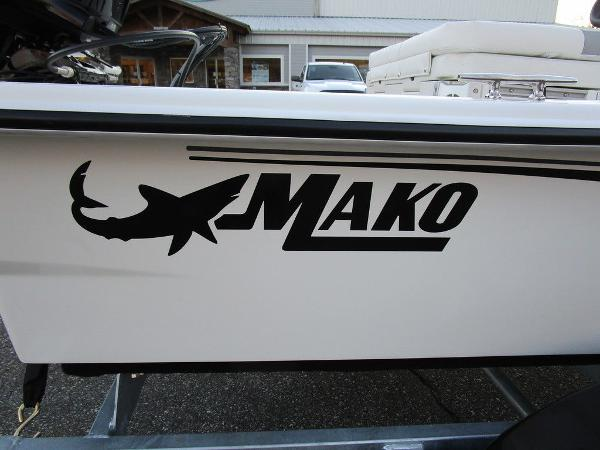 2021 Mako boat for sale, model of the boat is Pro Skiff 15 CC & Image # 5 of 31