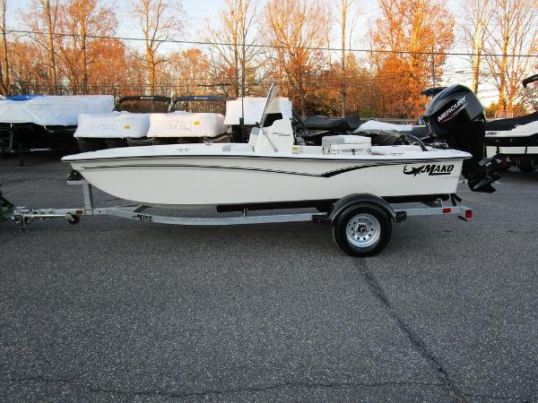 2021 Mako boat for sale, model of the boat is Pro Skiff 15 CC & Image # 8 of 31