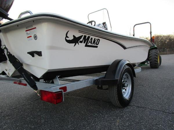 2021 Mako boat for sale, model of the boat is Pro Skiff 15 CC & Image # 14 of 31