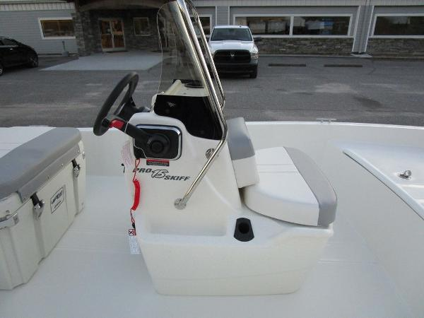 2021 Mako boat for sale, model of the boat is Pro Skiff 15 CC & Image # 16 of 31