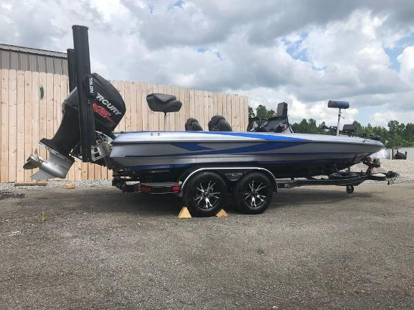 2018 Triton boat for sale, model of the boat is 21 TRX Patriot & Image # 13 of 15