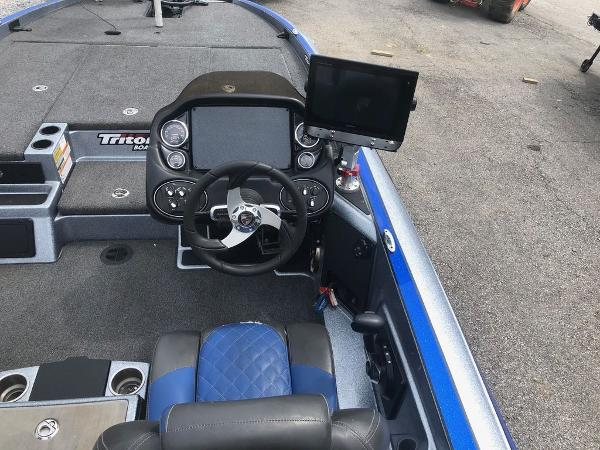 2018 Triton boat for sale, model of the boat is 21 TRX Patriot & Image # 15 of 15