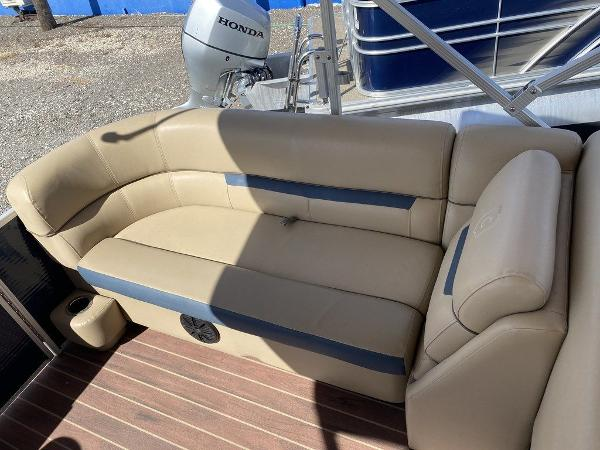 2019 Sweetwater boat for sale, model of the boat is 2286 & Image # 9 of 9