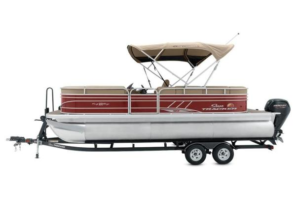 2021 Sun Tracker boat for sale, model of the boat is PARTY BARGE® 22 XP3 & Image # 5 of 30