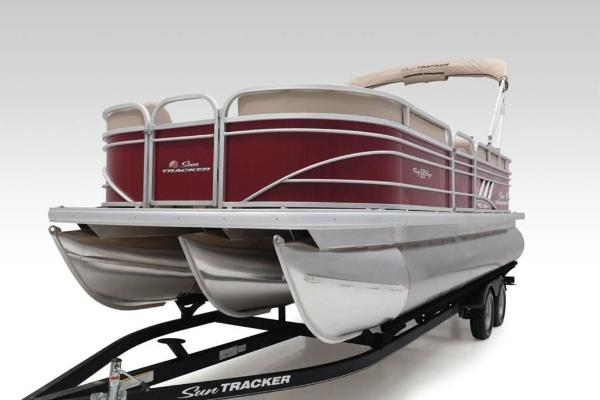 2021 Sun Tracker boat for sale, model of the boat is PARTY BARGE® 22 XP3 & Image # 30 of 30