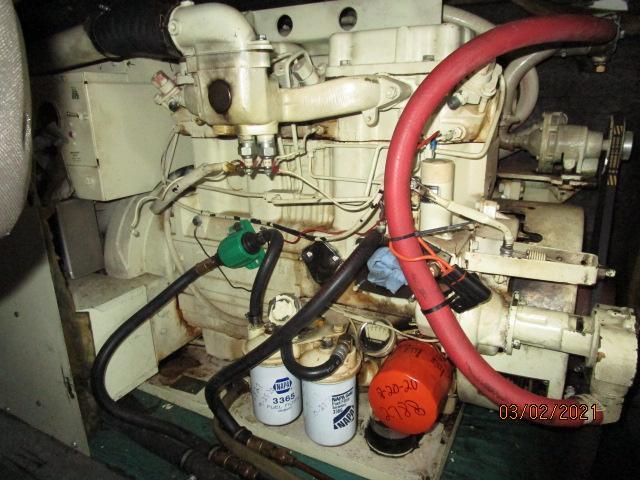 48' Hatteras generator