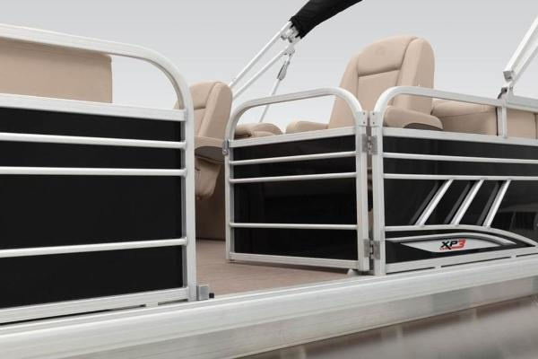 2021 Sun Tracker boat for sale, model of the boat is PARTY BARGE® 24 XP3 & Image # 11 of 31