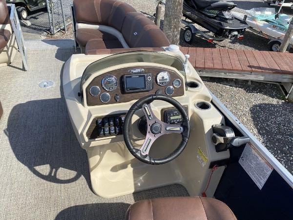 2017 Starcraft boat for sale, model of the boat is C23 & Image # 7 of 9